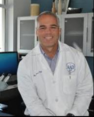 Javier Flores MD